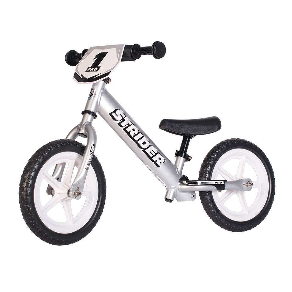 Bicikl bez pedala STRIDER PRO, srebrn